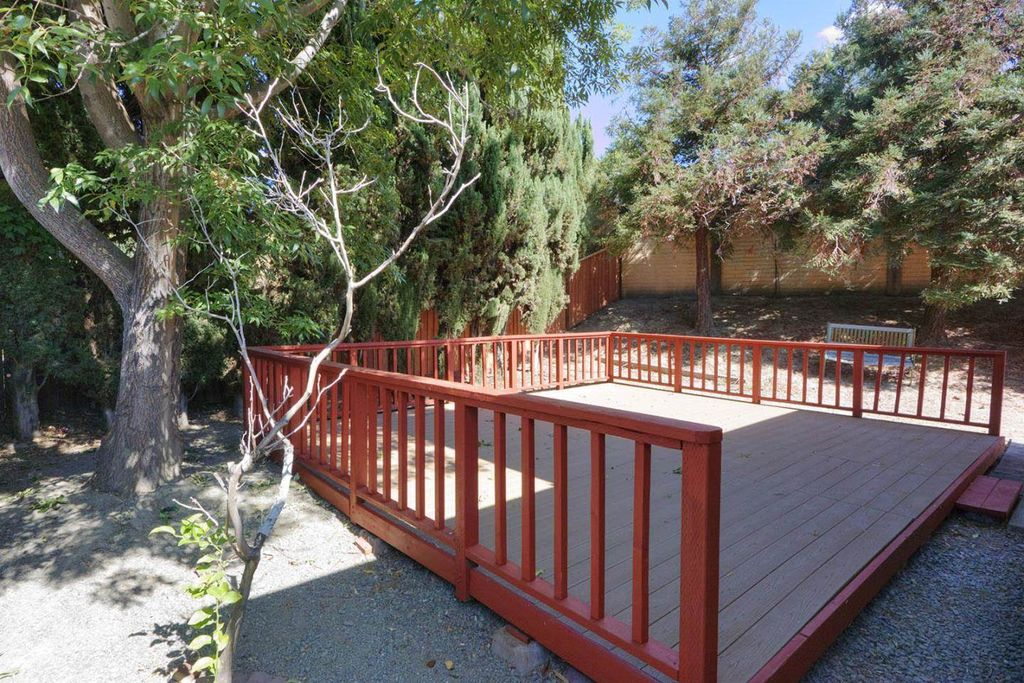 4590 Rousillon Pl, Fremont, CA 94555 -  $890,000 home for sale, house images, photos and pics gallery