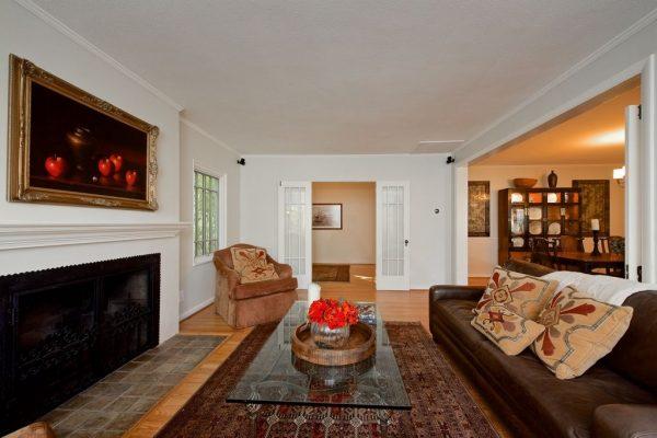 462 Baughman Ave, Claremont, CA 91711 -  $1,075,000