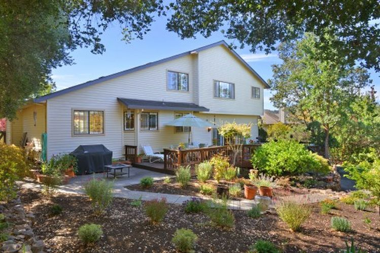 4725 Hillsboro Cir, Santa Rosa, CA 95405 -  $929,000 home for sale, house images, photos and pics gallery