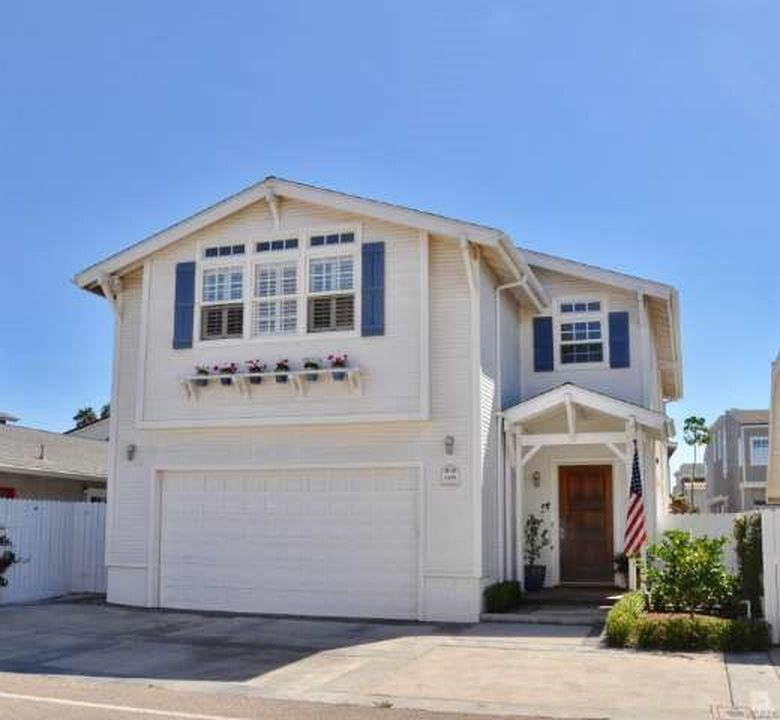 4836 Amalfi Way, Oxnard, CA 93035 -  $1,150,000