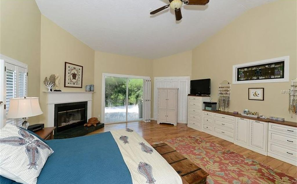 5107 Riverview Blvd, Bradenton, FL 34209 -  $940,000 home for sale, house images, photos and pics gallery