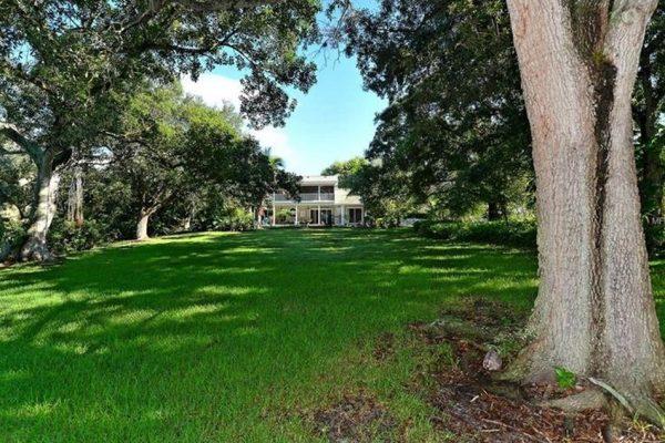 5107 Riverview Blvd, Bradenton, FL 34209 -  $940,000