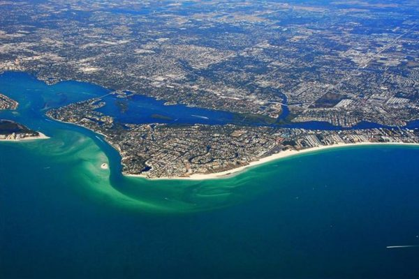 5365 Calle Florida, Sarasota, FL 34242 -  $1,099,000