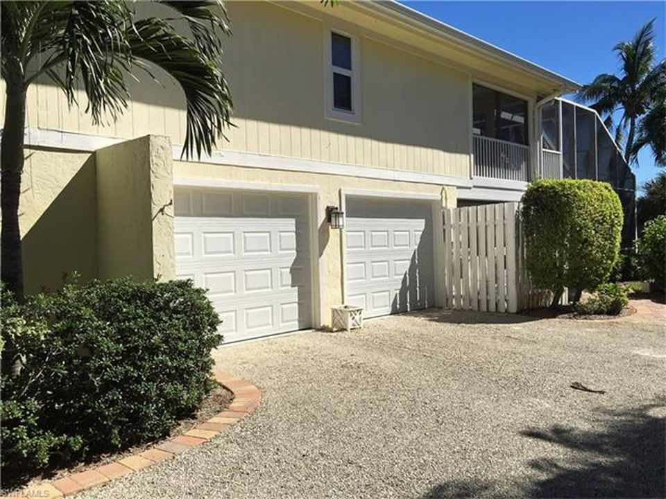 537 Lake Murex Cir, Sanibel, FL 33957 -  $949,000 home for sale, house images, photos and pics gallery