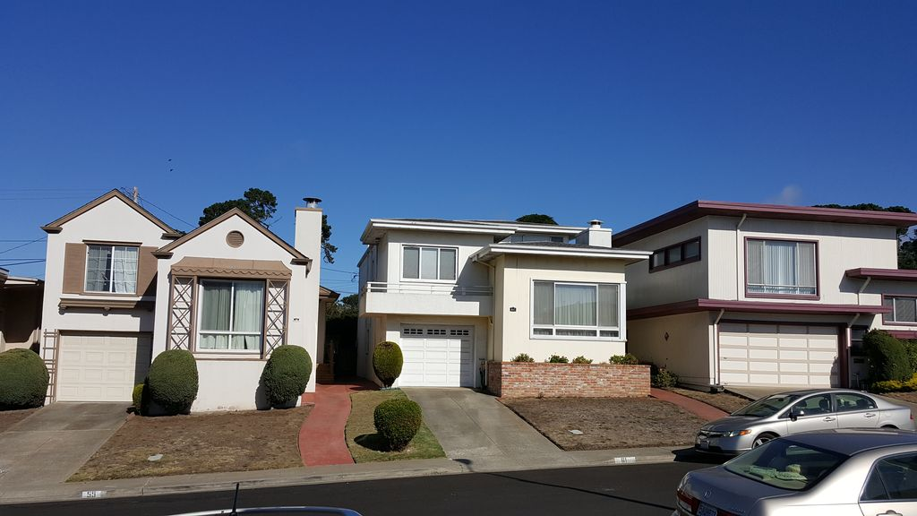 56 Parkwood Dr, Daly City, CA 94015 -  $1,050,000 home for sale, house images, photos and pics gallery