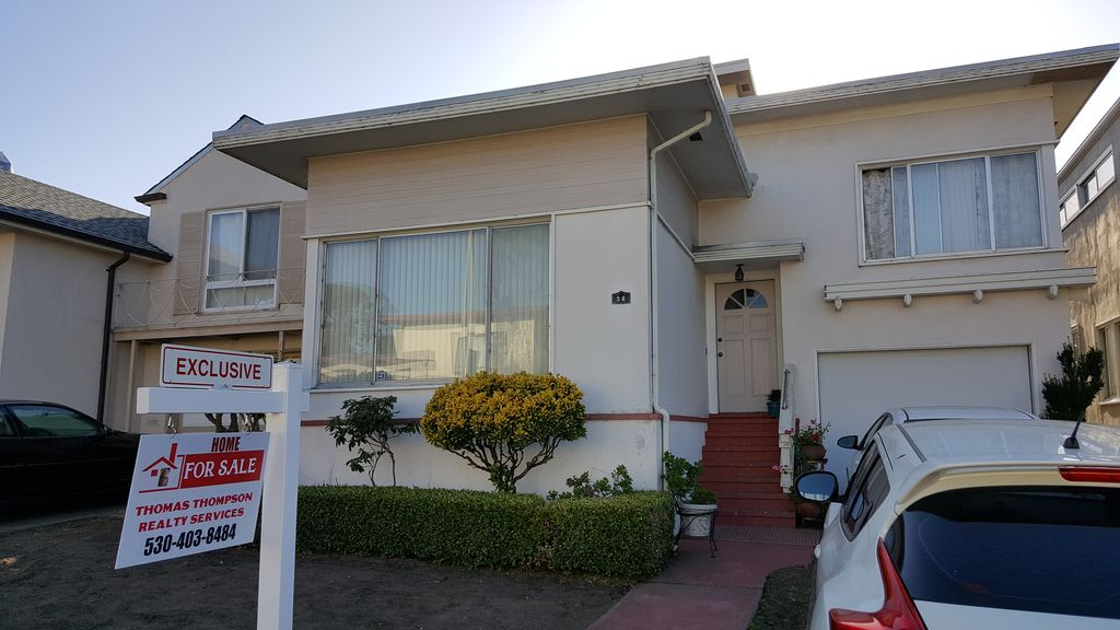 56 Parkwood Dr, Daly City, CA 94015 -  $1,050,000