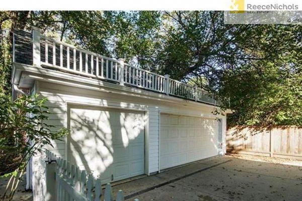 5924 State Line Rd, Mission Hills, KS 66208 -  $989,500