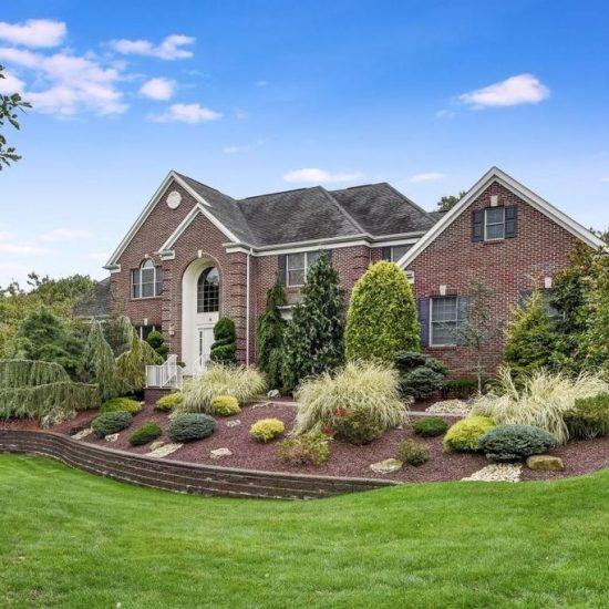 6 Steven Ct, Middletown, NJ 07748 -  $1,125,000