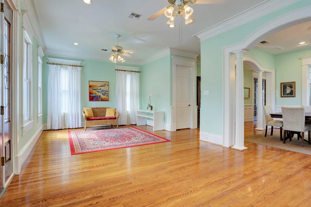 615 W 15th St, Houston, TX 77008 -  $870,000 home for sale, house images, photos and pics gallery