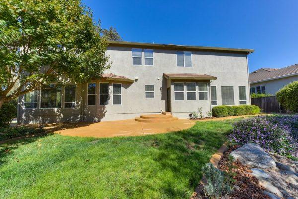 6151 Lockridge Dr, Roseville, CA 95746 -  $819,000