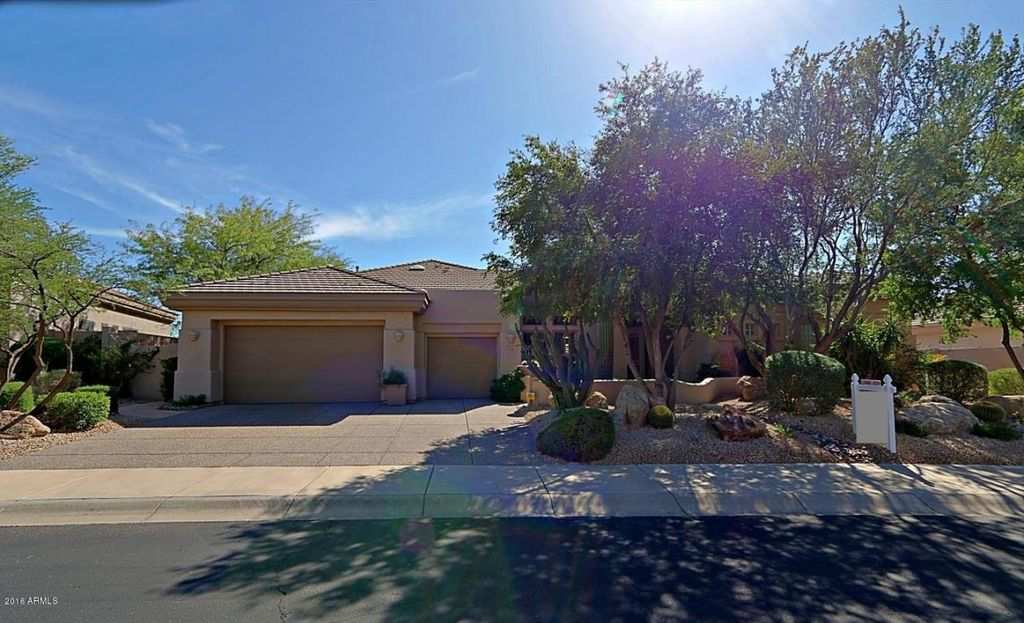 6321 E Dusty Coyote Cir, Scottsdale, AZ 85266 -  $969,000