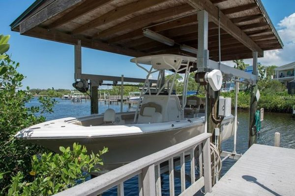 657 Soundview Dr, Palm Harbor, FL 34683 -  $1,129,000