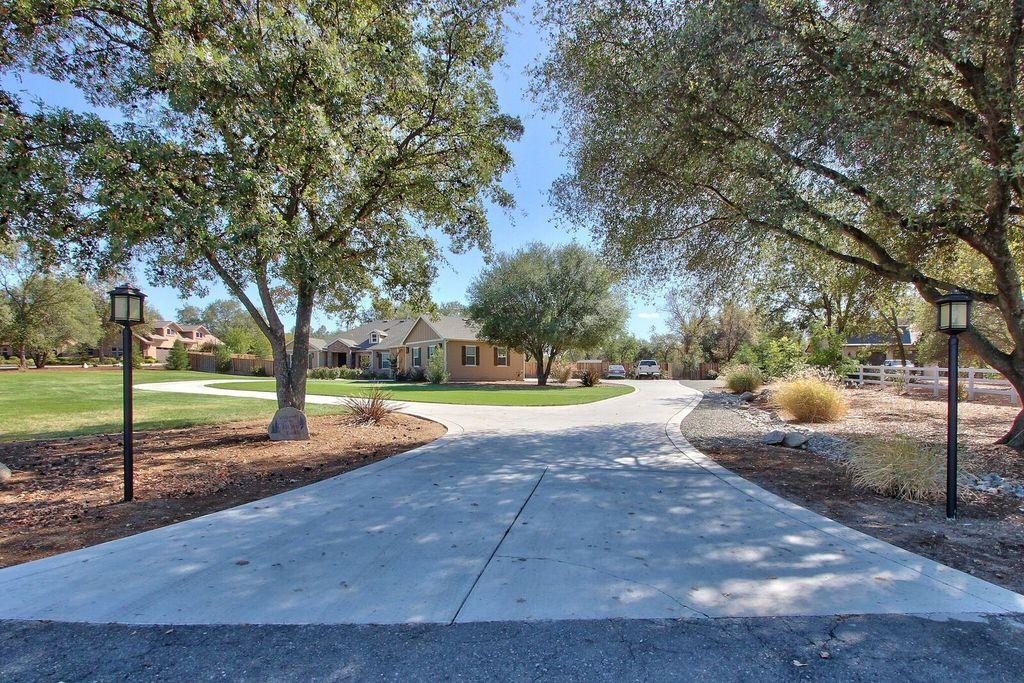 6810 High Cliff Rd, Loomis, CA 95650 -  $1,049,000