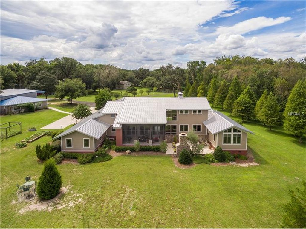 6819 Tuscawilla Dr, Leesburg, FL 34748 -  $864,900 home for sale, house images, photos and pics gallery
