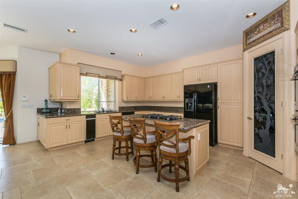 7 Maurice Ct, Rancho Mirage, CA 92270 -  $895,000 home for sale, house images, photos and pics gallery
