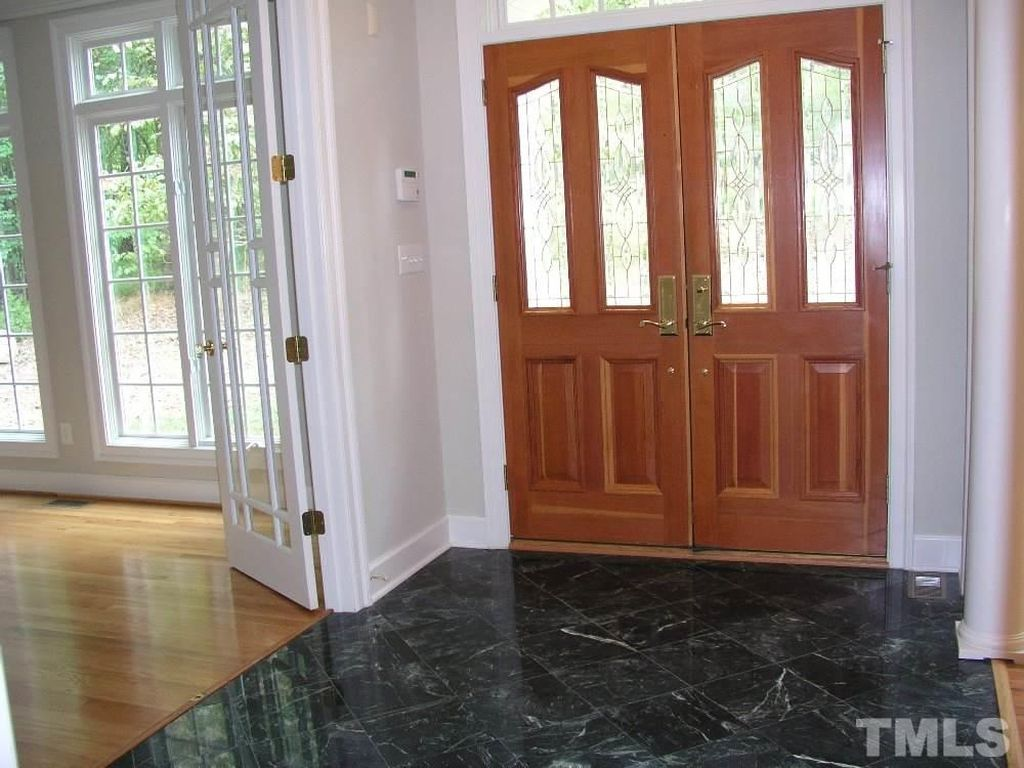 7111 Creek Wood Dr, Chapel Hill, NC 27514 -  $1,050,000 home for sale, house images, photos and pics gallery