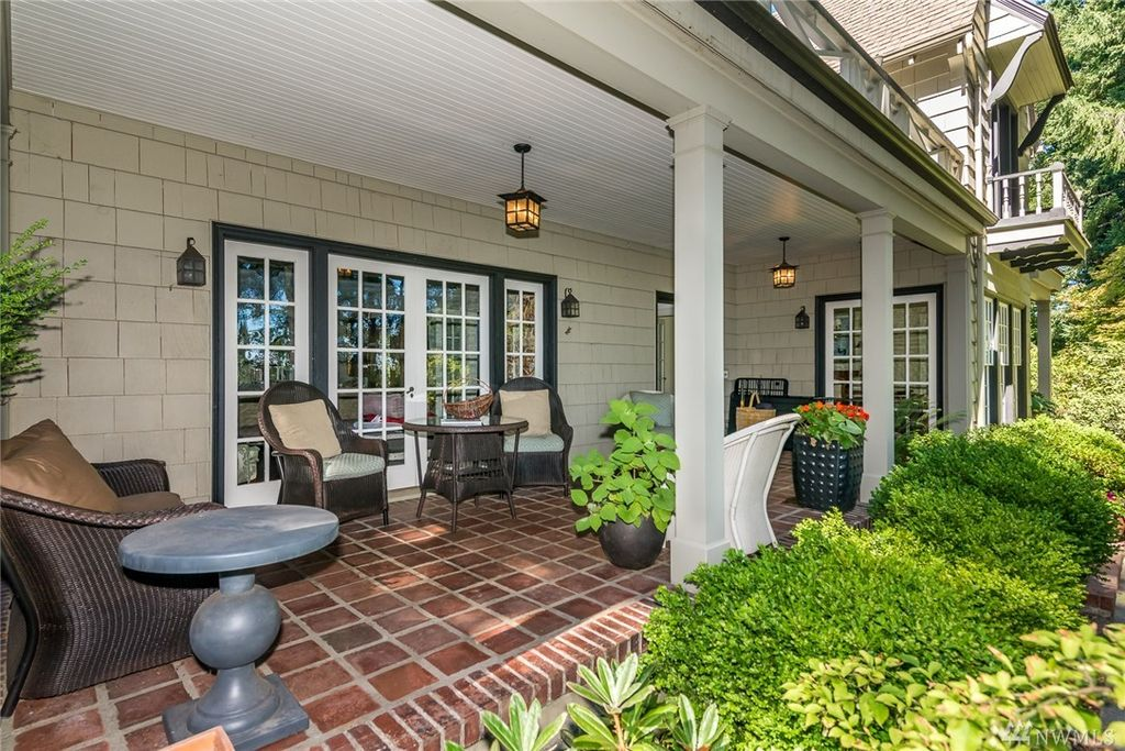 726 Percival St SW, Olympia, WA 98502 -  $939,000 home for sale, house images, photos and pics gallery