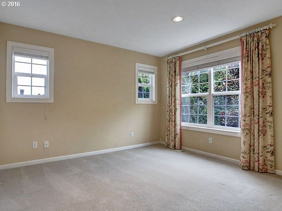 7342 SE 35th Ave, Portland, OR 97202 -  $895,000 home for sale, house images, photos and pics gallery
