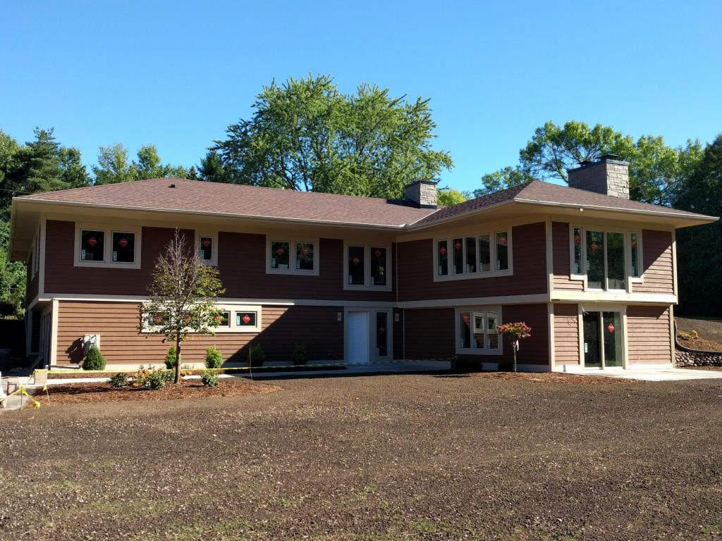 7460 N River Rd, River Hills, WI 53217 -  $965,000