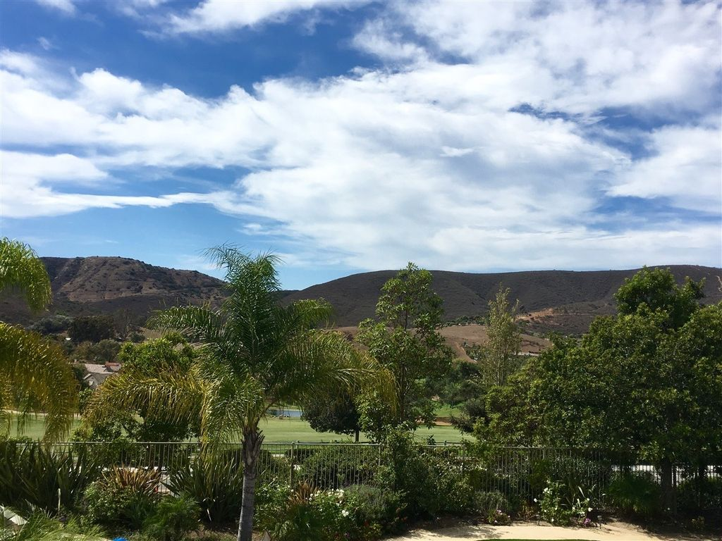 751 Turtle Point Way, San Marcos, CA 92069 -  $900,000 home for sale, house images, photos and pics gallery