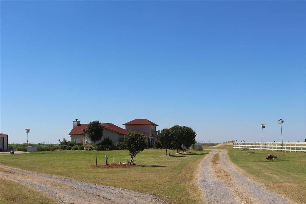 7706 Highway 87 N, Orange, TX 77632 -  $1,100,000 home for sale, house images, photos and pics gallery