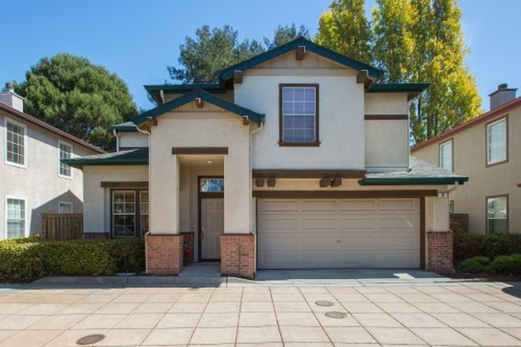 8 Weiss Ct, Alameda, CA 94501 -  $929,000