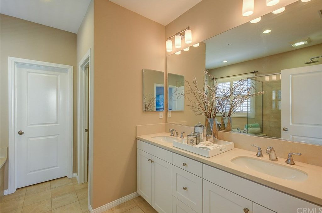 80 White Blossom, Irvine, CA 92620 -  $928,000 home for sale, house images, photos and pics gallery
