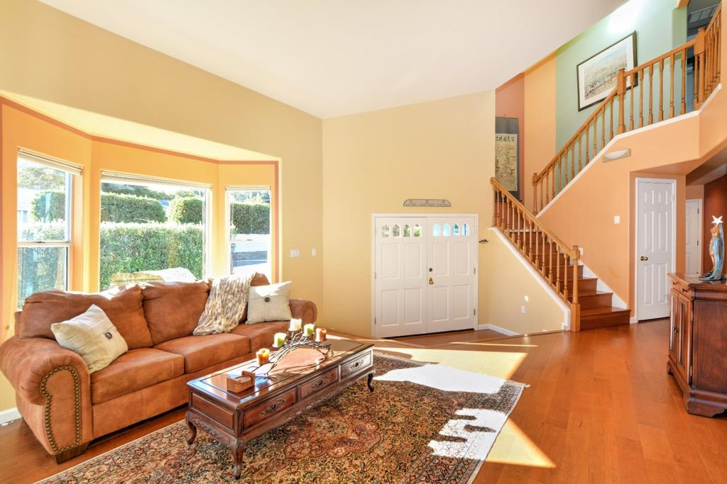 800 Jessie St, Monterey, CA 93940 -  $1,049,000 home for sale, house images, photos and pics gallery