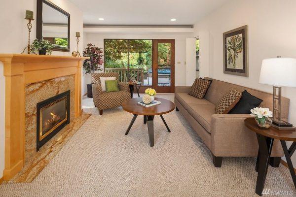 807 179th Ct NE, Bellevue, WA 98008 -  $1,050,000