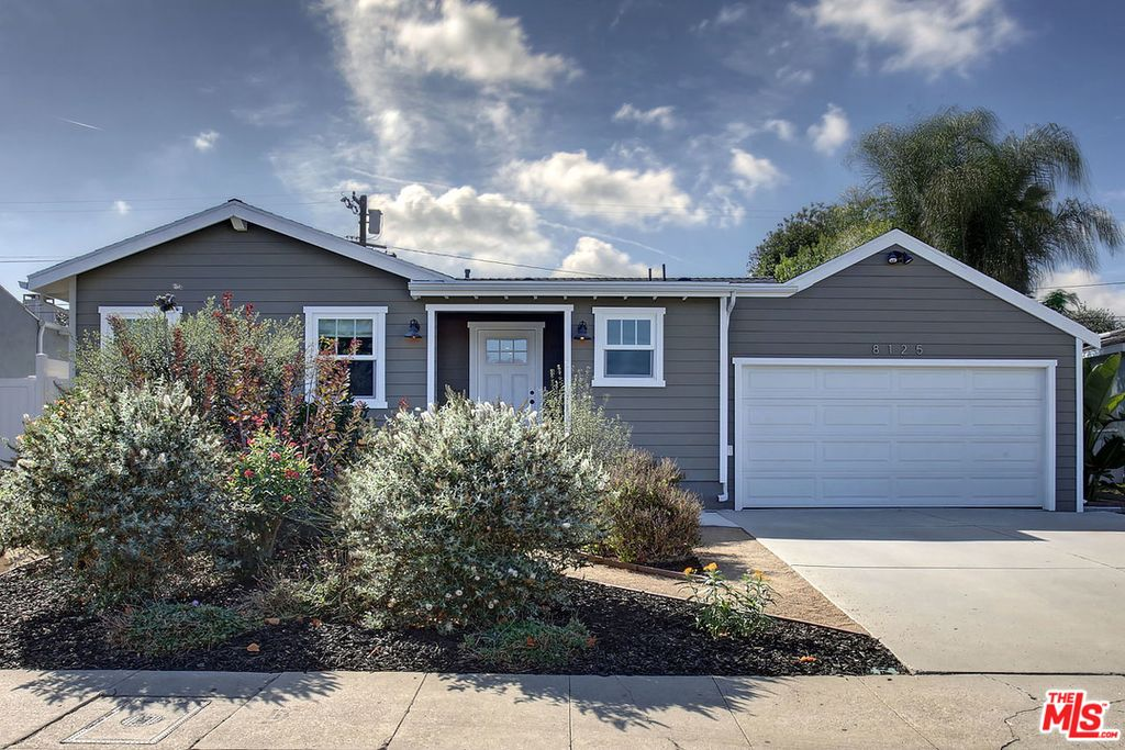 8125 Winsford Ave, Los Angeles, CA 90045 -  $949,000