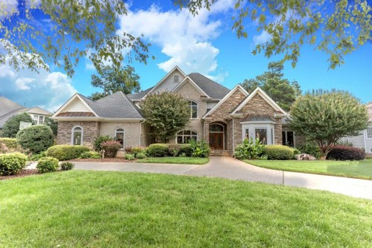 8317 Davishire Dr, Raleigh, NC 27615 -  $980,000 home for sale, house images, photos and pics gallery
