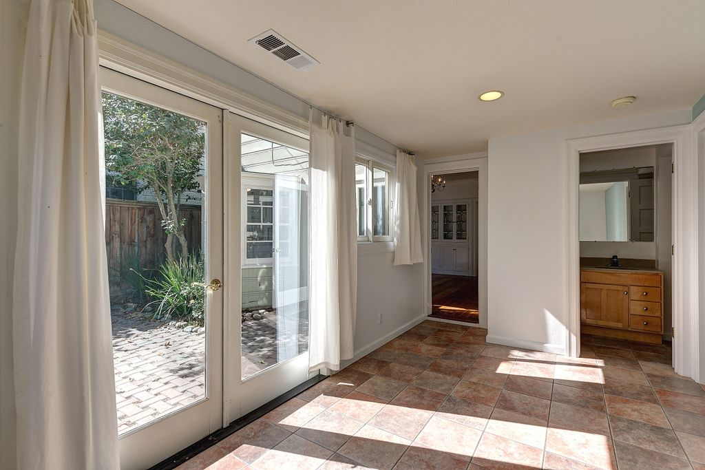 891 Willow St, Martinez, CA 94553 -  $972,000 home for sale, house images, photos and pics gallery