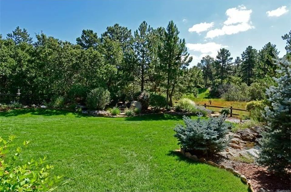 904 Parkcliff Ln, Castle Pines, CO 80108 -  $895,000 home for sale, house images, photos and pics gallery