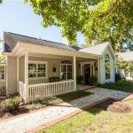 9761 Old Warson Rd, Saint Louis, MO 63124 -  $900,000