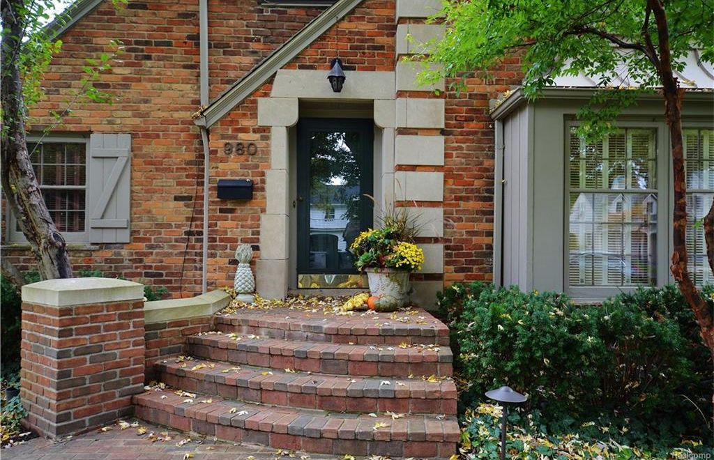 980 Westwood Dr, Birmingham, MI 48009 -  $950,000 home for sale, house images, photos and pics gallery