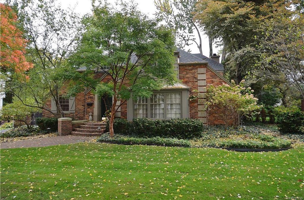 980 Westwood Dr, Birmingham, MI 48009 -  $950,000