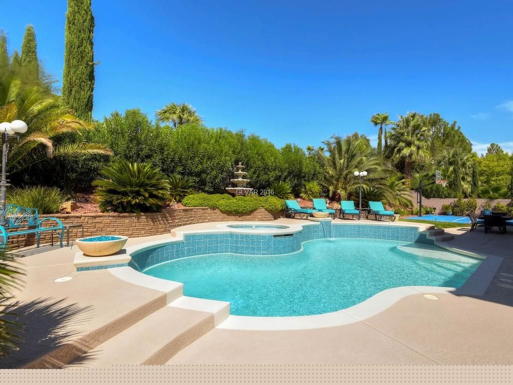 9912 Fox Springs Dr, Las Vegas, NV 89117 -  $915,000 home for sale, house images, photos and pics gallery