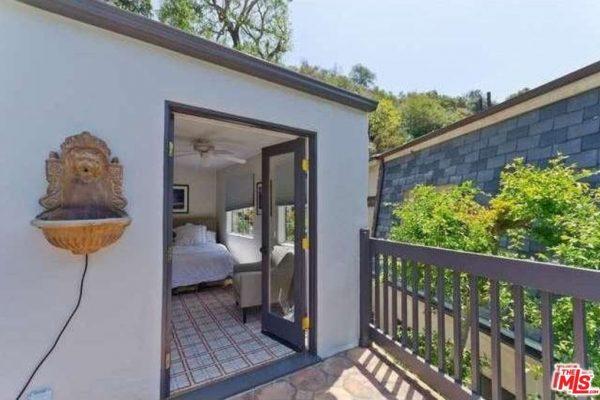 9971 Westwanda Dr, Beverly Hills, CA 90210 -  $910,000