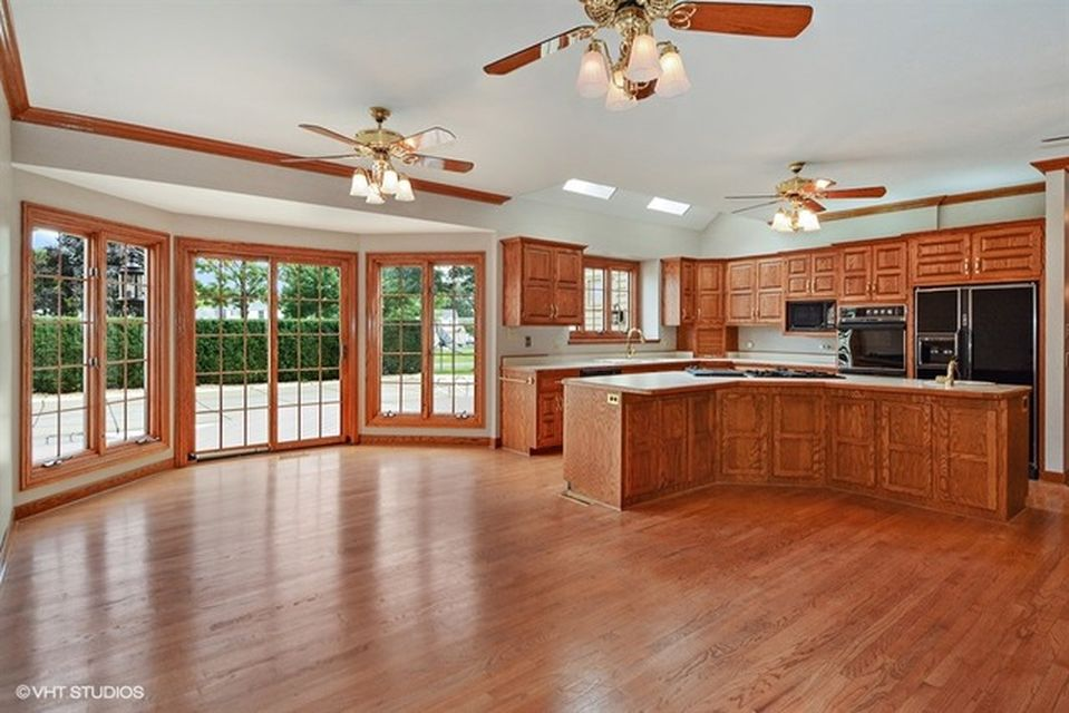9S281 Skylane Dr, Naperville, IL 60564 -  $1,099,900 home for sale, house images, photos and pics gallery