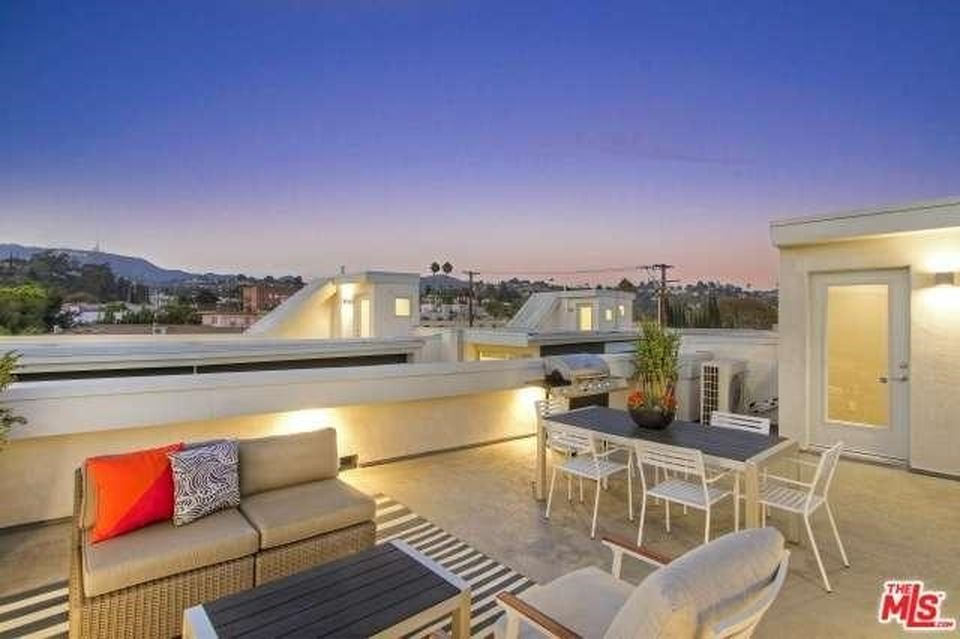 N 1926 1/2 Carmen Ave, Los Angeles, CA 90068 -  $1,075,000 home for sale, house images, photos and pics gallery