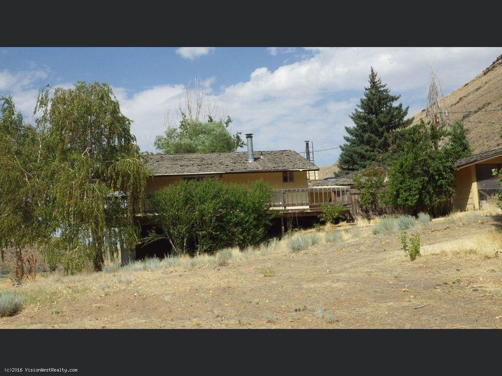 Willow Crk, Orovada, NV 89425 -  $960,000 home for sale, house images, photos and pics gallery