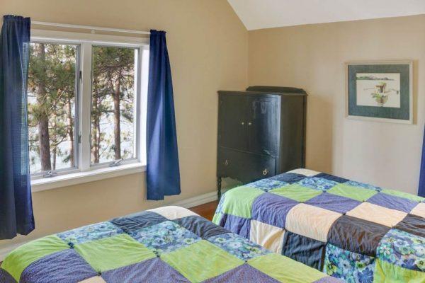 00776 Whitfield View Ln, Walloon, MI 49796 -  $1,090,000