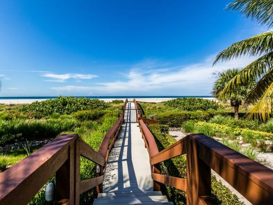 100 N Collier Blvd APT 708, Marco Island, FL 34145 -  $1,100,000 home for sale, house images, photos and pics gallery