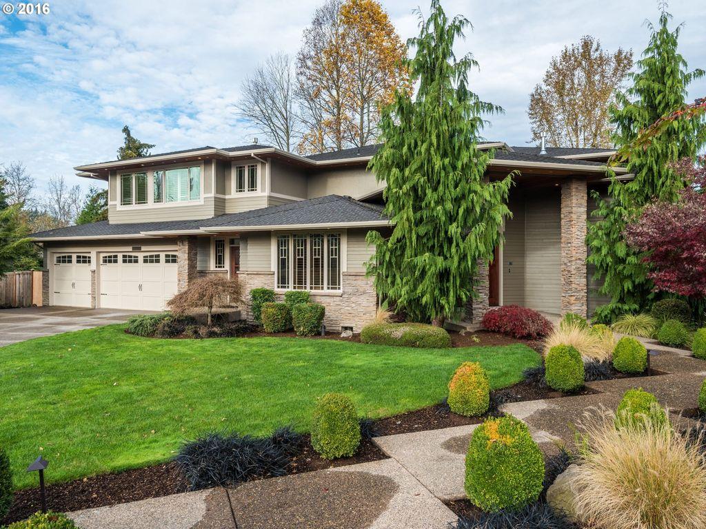 10221 SE Regina Ct, Happy Valley, OR 97086 -  $1,075,000