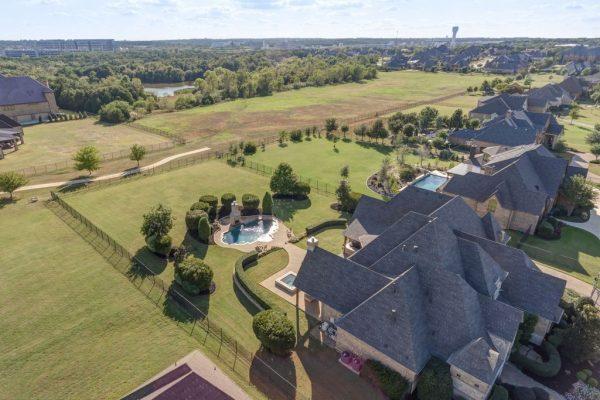 105 Clariden Ranch Rd, Southlake, TX 76092 -  $1,099,000
