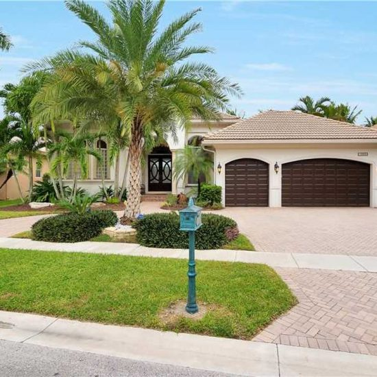 10889 Blue Palm St, Plantation, FL 33324 -  $1,045,000