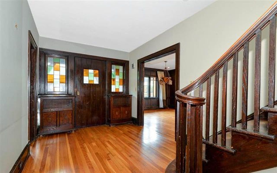 12-14 Kingswood Rd, Weehawken, NJ 07086 -  $1,099,000 home for sale, house images, photos and pics gallery