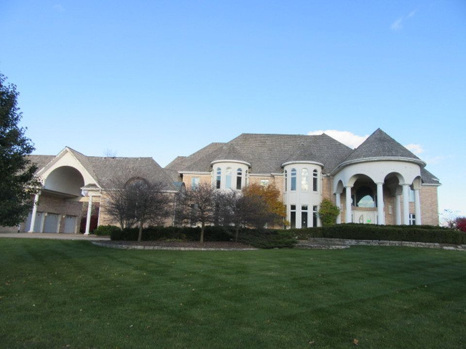 12 Star Ln, South Barrington, IL 60010 -  $1,040,000 home for sale, house images, photos and pics gallery