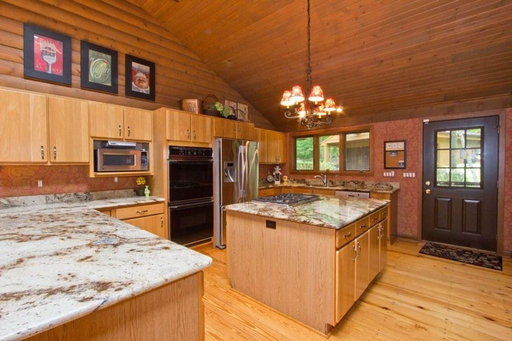 1210 S Lakeshore Dr, Fontana, WI 53125 -  $1,085,000 home for sale, house images, photos and pics gallery