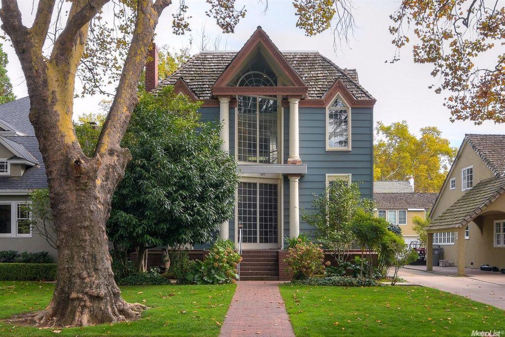 1217 40th St, Sacramento, CA 95819 -  $1,050,000